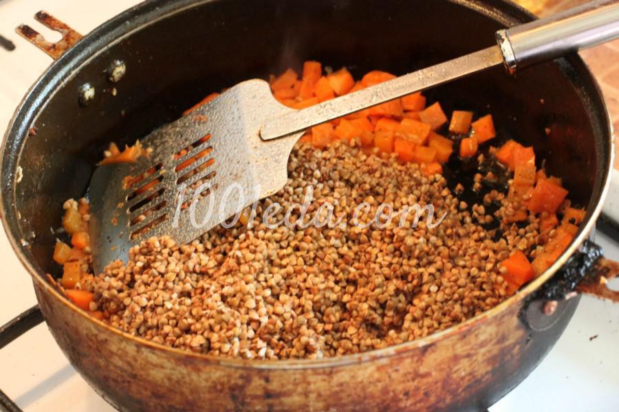 Гречневая каша с морковью и куриными бедрами в духовке: рецепт с пошаговым фото - Шаг №4