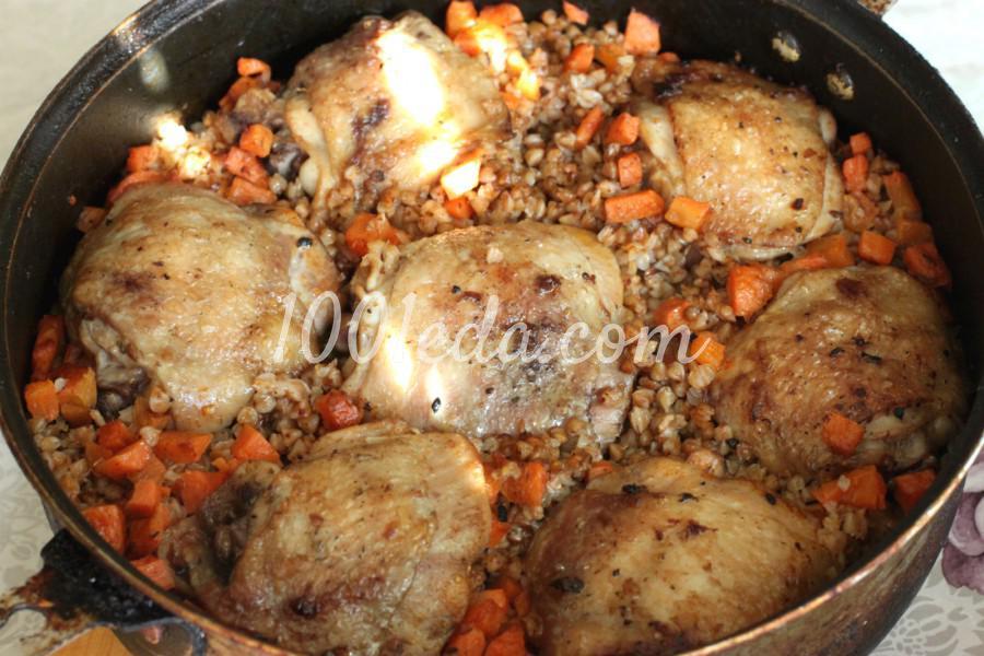 Куриные бедра в духовке с гречкой рецепт