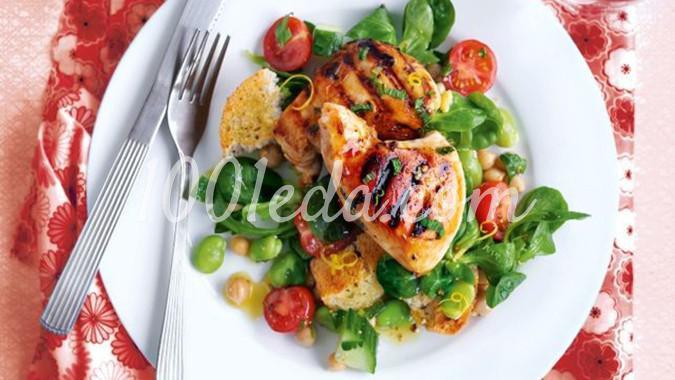 Салат с курицей гриль для пикника