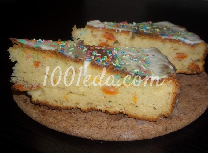 Творожно-дрожжевой пирог с курагой и сметанным кремом: рецепт с пошаговым фото
