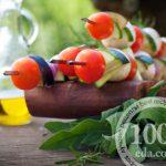 Овощной шашлык на шпажках в духовке