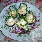 Перепелиные яйца в огуречных корзинках: рецепт с пошаговым фото