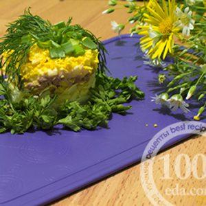 Салат Мимоза с печенью трески и пармезаном: рецепт с пошаговым фото