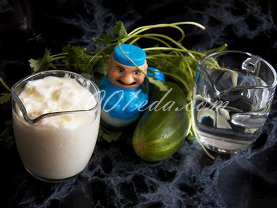 Сувлаки по-русски с запеченным картофелем и сметанным дипом, пошаговый рецепт с фото