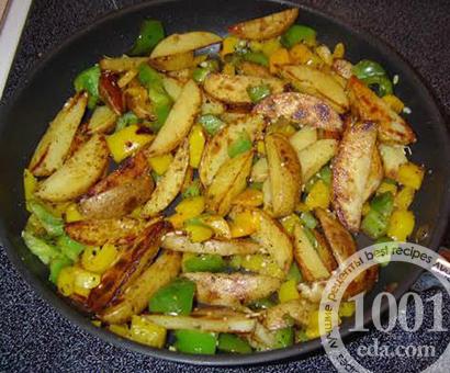 Картофель, жаренный со стручковой фасолью