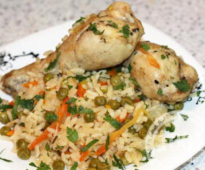 Куриные голени с рисом и зеленым горошком в мультиварке: рецепт с пошаговым фото