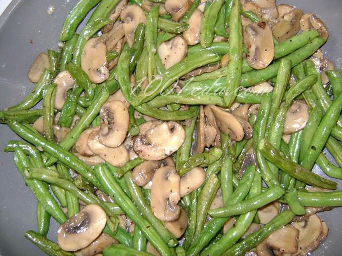 Салат из стручковой фасоли и грибов рецепт