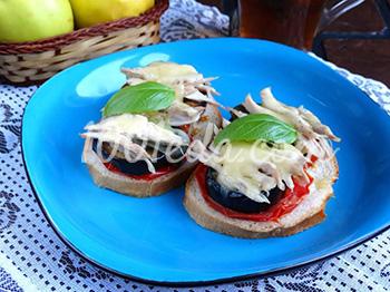 Горячие бутерброды с курицей и баклажанами: рецепт с пошаговым фото