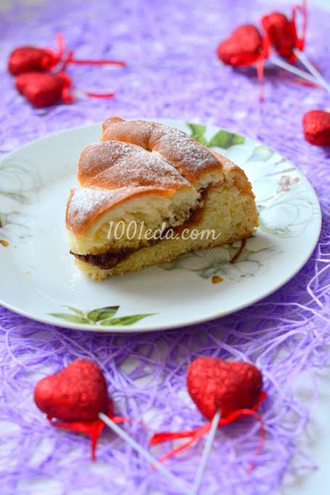 Пирог из слоеного теста с малиновым джемом - кулинарный рецепт