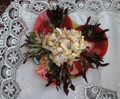 Весенний салат с ветчиной