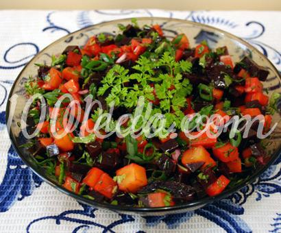 Салат из свеклы и моркови с зеленью