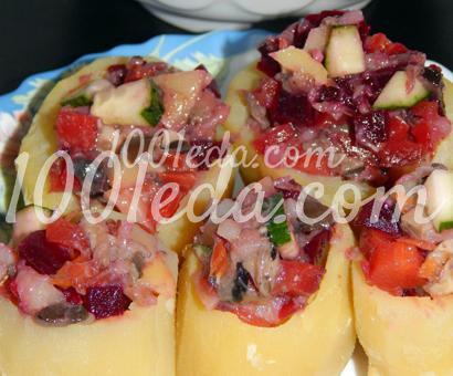 Детские картофельные бочонки с овощным салатом с грибами: рецепт с пошаговым фото