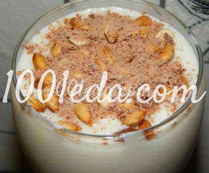 Фраппе с шоколадом и кедровыми орешками