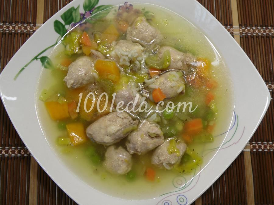 Рисово-овощной суп с фрикадельками из купат