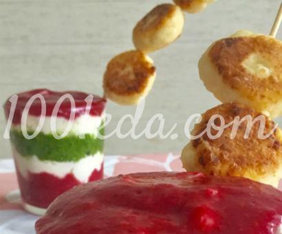 Полезный и красивый завтрак с микросырниками: рецепт с пошаговым фото