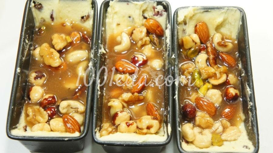 Медовые кексы с орехами, клюквой и изюмом: пошагово с фото - Шаг №11