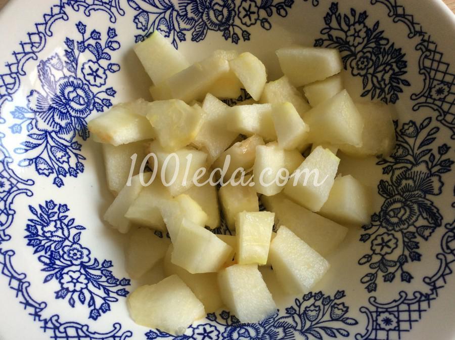 Салат с дыней и брынзой: пошаговое фото - Шаг №1