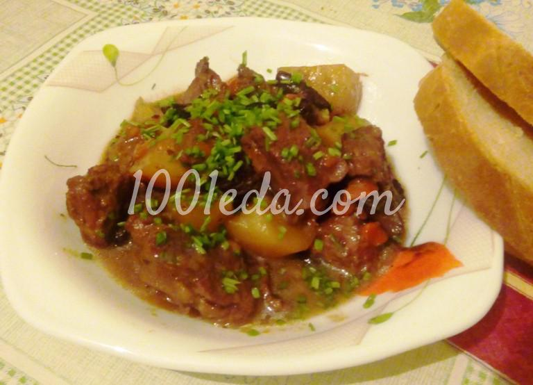 Ароматный тушеный картофель с мясом и грибами
