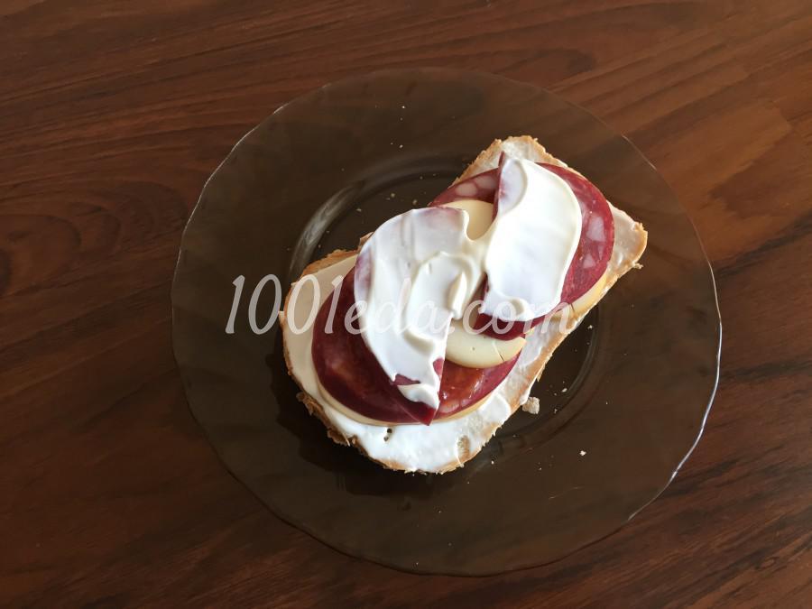 Быстрый сэндвич с колбасой: пошаговый с фото - Шаг №6