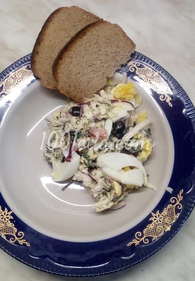 Салат из пекинской капусты с помидорами, маслинами и куриными яйцами: пошаговый с фото - Шаг №11