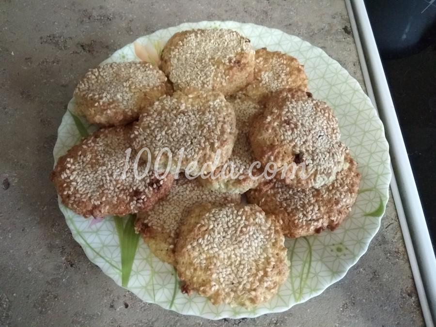 Овсяное печенье на сливочном масле с кунжутом