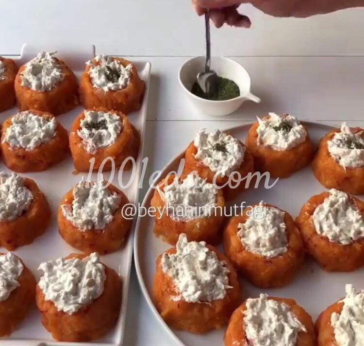 Курица в картофельных чашечках: пошаговое фото - Шаг №6