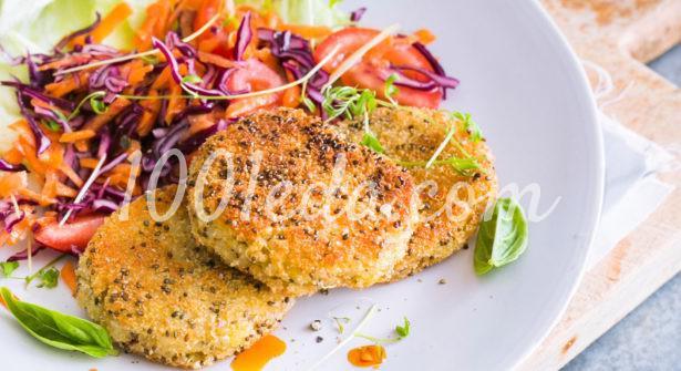 Вегетарианские котлеты из киноа с семенами чиа и острым соусом