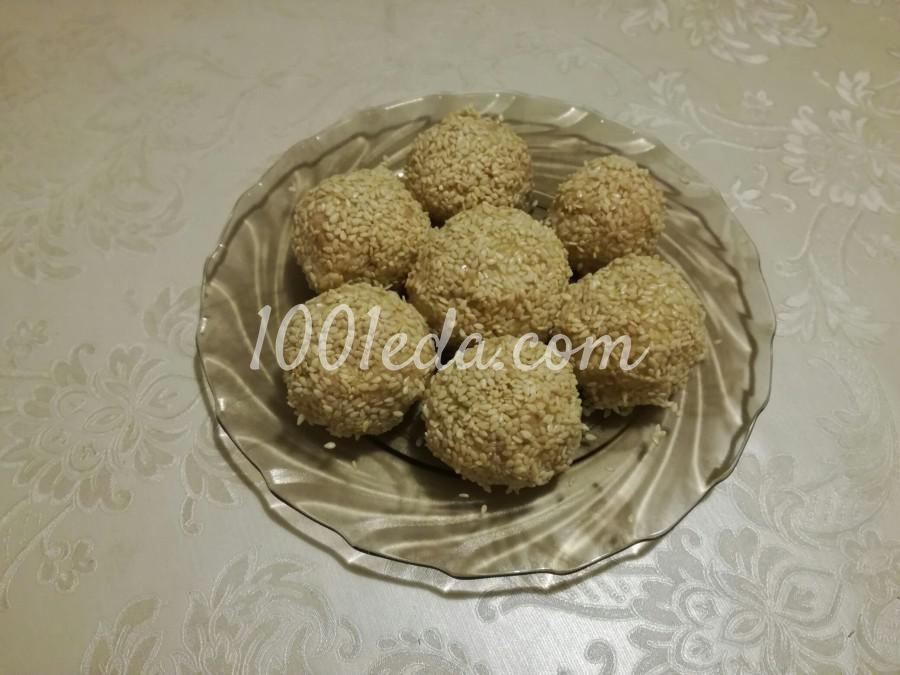 Салатные шарики из печени трески