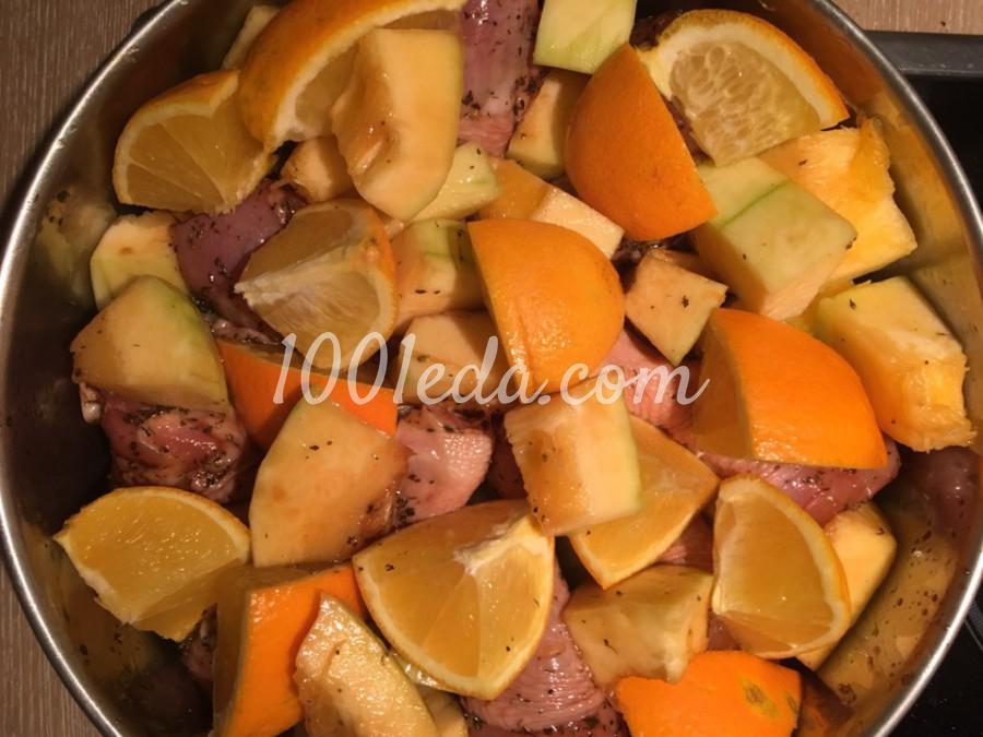 Курица запеченная с тыквой и апельсином
