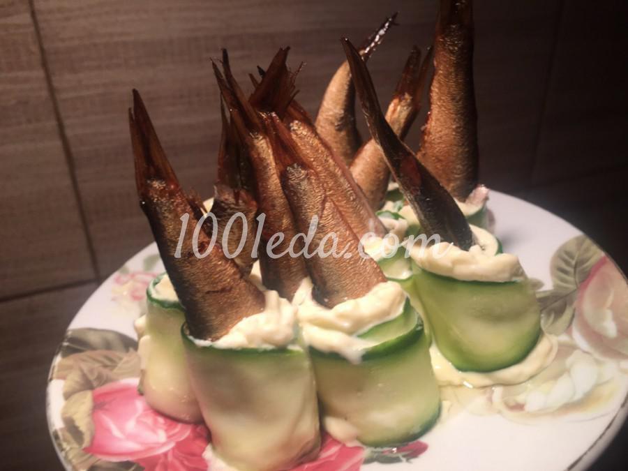Новогодняя закуска Хвостики из шпрот: пошаговый с фото