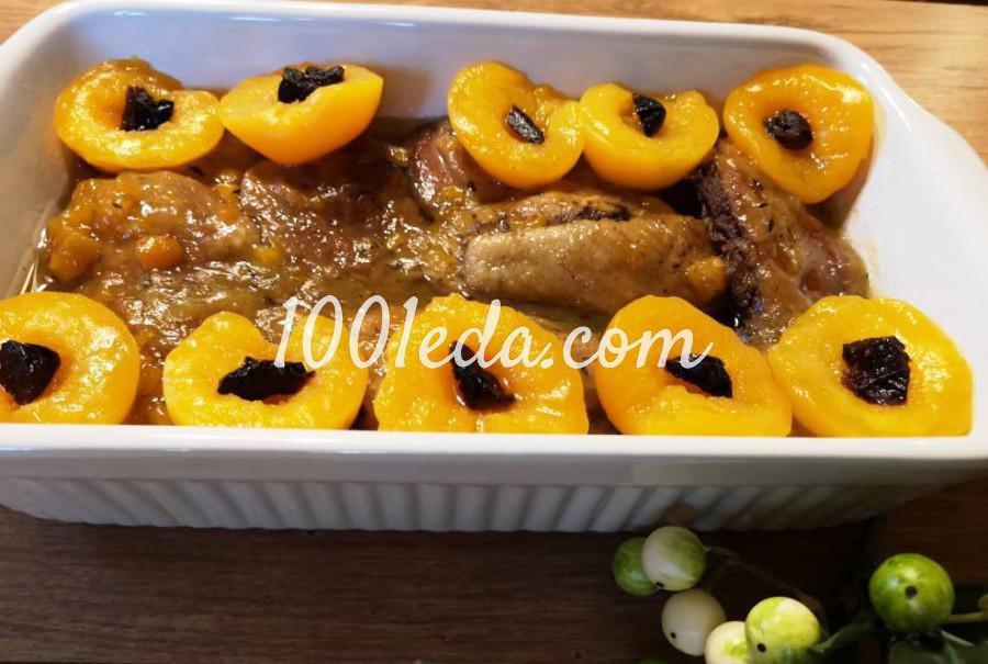 Утка в соусе из персиков