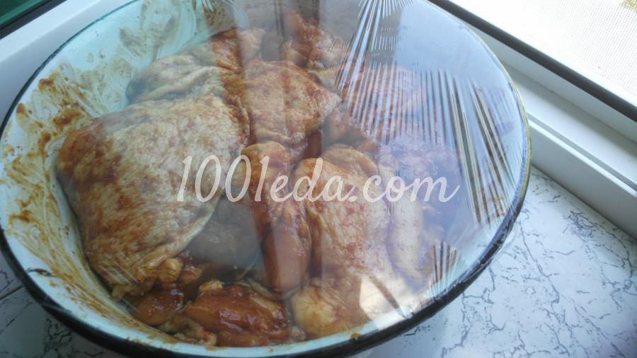 Маринованные куриные бёдрышки на углях: пошаговое фото - Шаг №4