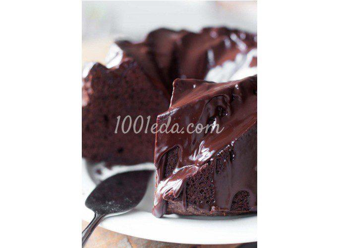 Двойной шоколадный кекс с шоколадной глазурью