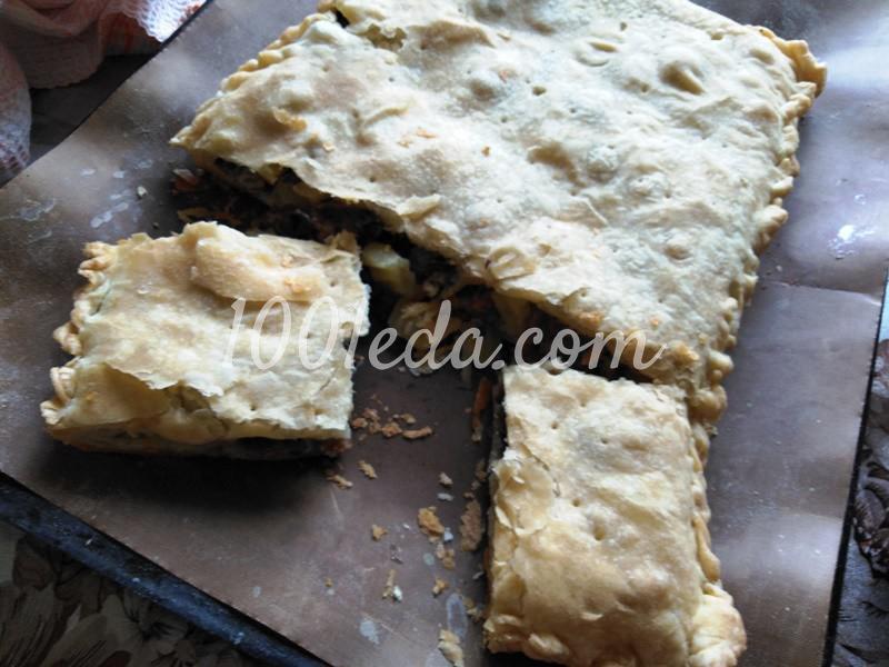 Пирог из слоеного теста с грибами-строчками и картофелем: пошаговое фото