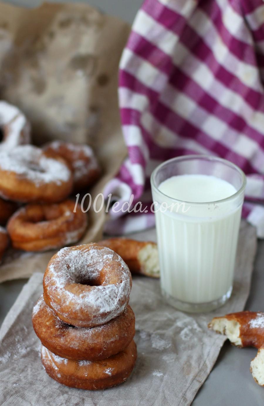 Простые дрожжевые пончики на воде