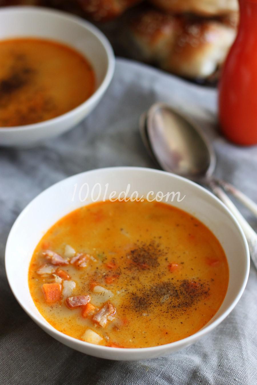 Суп с беконом, чечевицей и плавленым сыром