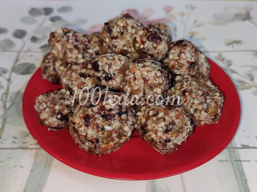 Конфетки из сухофруктов и орехов