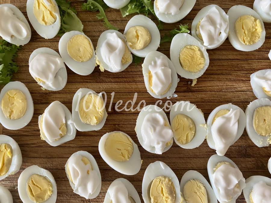Закуска с перепелиным яйцом и лососем: пошаговое фото - Шаг №3