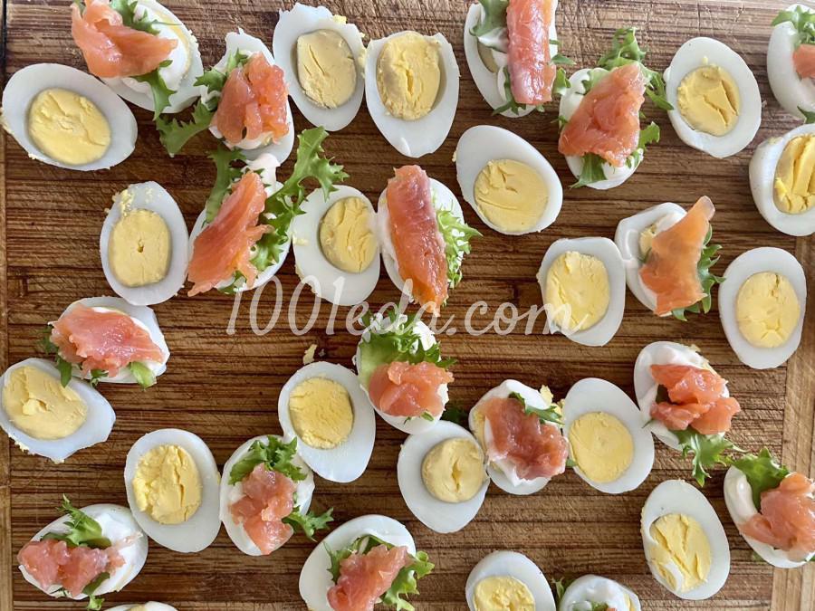 Закуска с перепелиным яйцом и лососем: пошаговое фото - Шаг №5