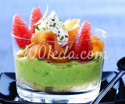 Тирамису из авокадо с копченым лососем